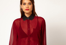 Need it: wijnrode sheer blouse