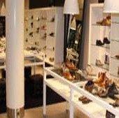 Assem van den shop in shop by Houtbrox