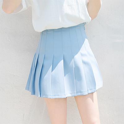3 kledingtips voor vrouwen met witte benen   Shopgids