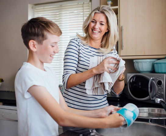 cleaning-kids-mom-family-parenting_featured